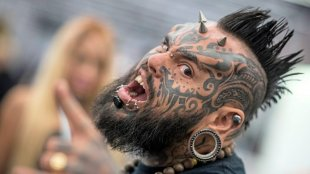 Tattoo-Convention in Frankfurt: Bunte Bilder auf d...